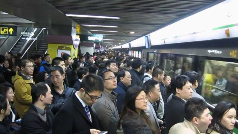 peak-time-in-shanghai-metro
